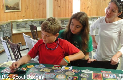 Foto Brentwood 12 Boyscouts badges